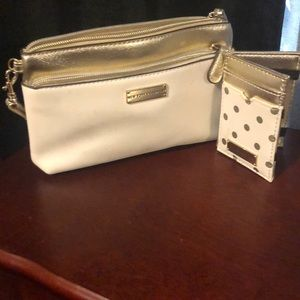 Wristlet with wallet
